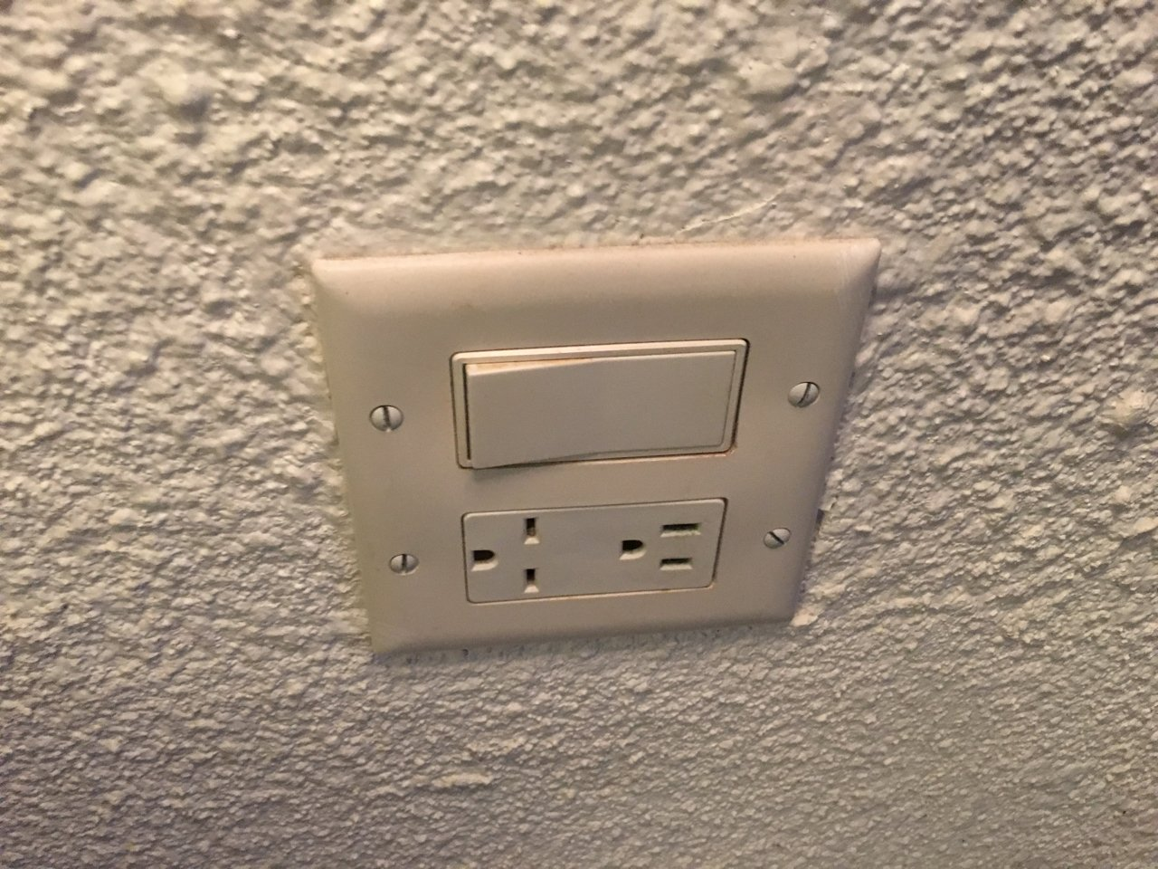 electrical-socket-jolly-beach-resort